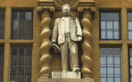 Statue of Cecil Rhodes at Oriel College, Oxford